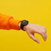 Merakla beklenen realme Watch S satışa sunuldu